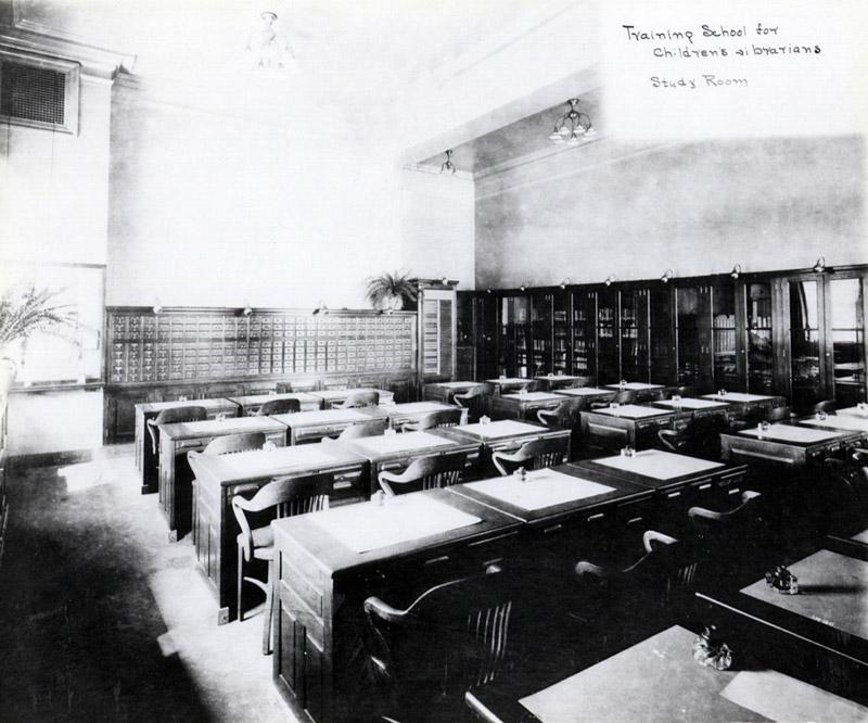 1900 October 1